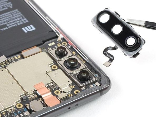 Mit tegyünk, ha összetörött Xiaomi okostelefonunkon a kameravédő üveg?