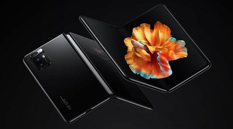 Mi Mix Fold név alatt mutatkozott be a Xiaomi hajlítható kijelzős okostelefonja